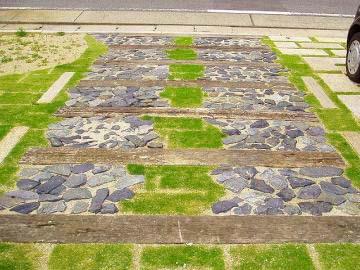 枕木+割栗石の写真